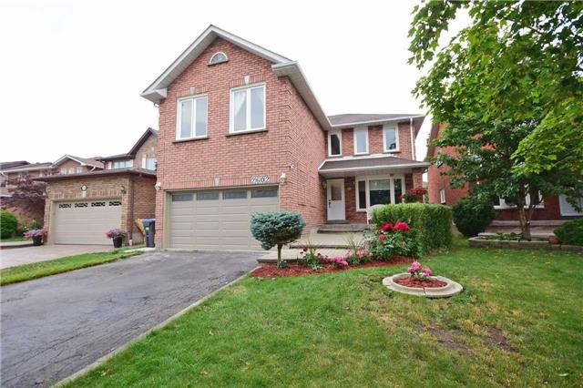 Detached at 2602 Innisfil Rd, Mississauga, Ontario. Image 1