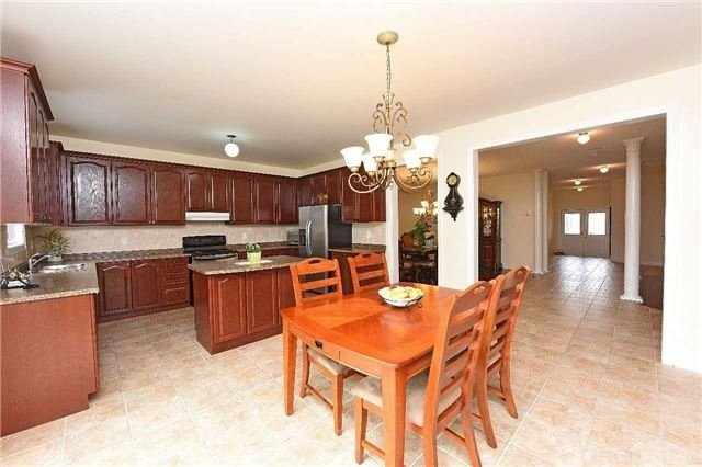 Detached at 5390 Freshwater Dr, Mississauga, Ontario. Image 19