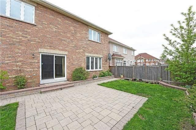 Detached at 5390 Freshwater Dr, Mississauga, Ontario. Image 13