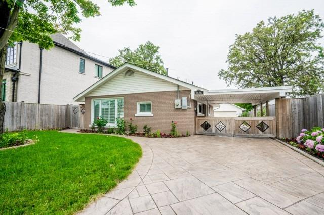 Detached at 7626 Redstone Rd, Mississauga, Ontario. Image 1