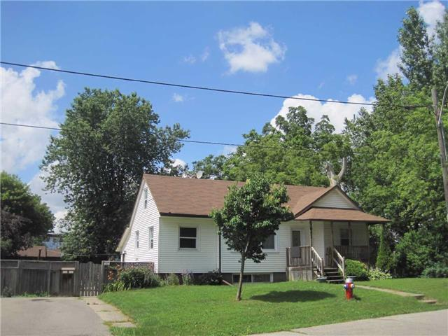 Detached at 1091 Sawyer Ave, Mississauga, Ontario. Image 1