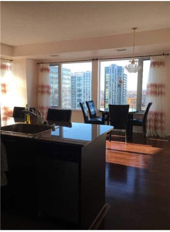 Condo Apartment at 385 Prince Of Wales Dr, Unit 1611, Mississauga, Ontario. Image 9