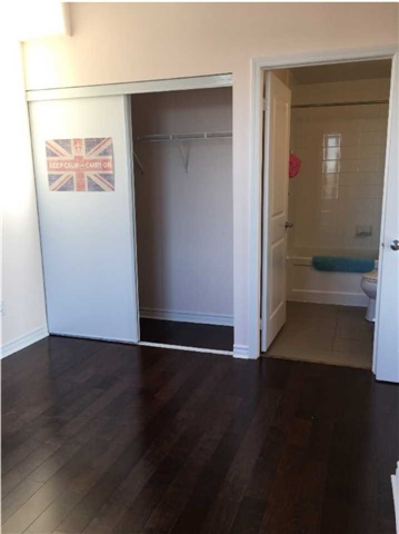 Condo Apartment at 385 Prince Of Wales Dr, Unit 1611, Mississauga, Ontario. Image 14