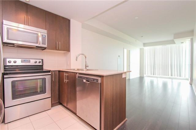 Condo Apartment at 3985 Grand Park Dr, Unit 712, Mississauga, Ontario. Image 13