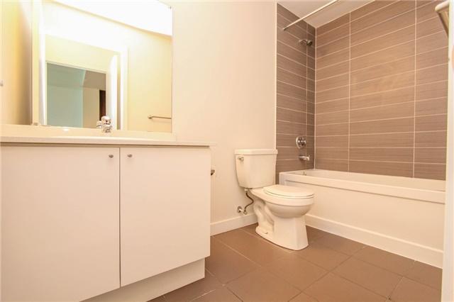 Condo Apartment at 3985 Grand Park Dr, Unit 712, Mississauga, Ontario. Image 3