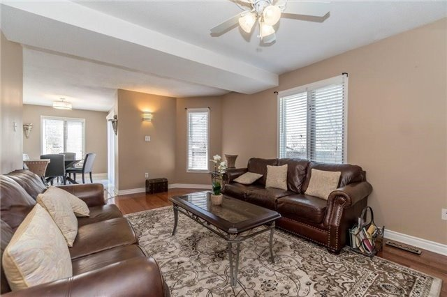 Detached at 6005 Tenth Line W, Mississauga, Ontario. Image 17