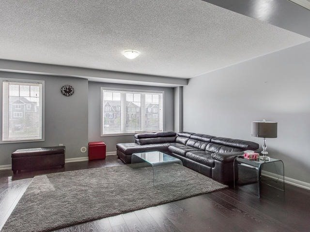 Townhouse at 24 Memory Lane, Brampton, Ontario. Image 2