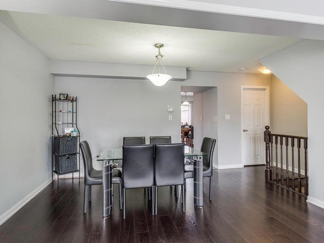 Townhouse at 24 Memory Lane, Brampton, Ontario. Image 3