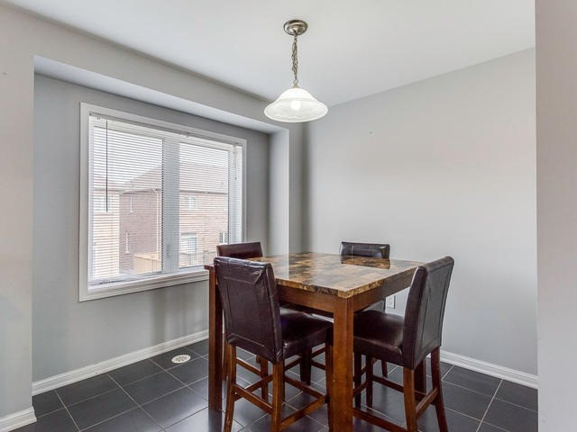 Townhouse at 24 Memory Lane, Brampton, Ontario. Image 6