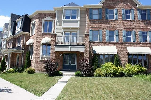 Townhouse at 929 Savoline Blvd, Milton, Ontario. Image 1