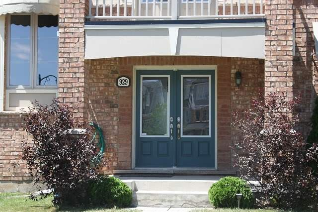 Townhouse at 929 Savoline Blvd, Milton, Ontario. Image 14