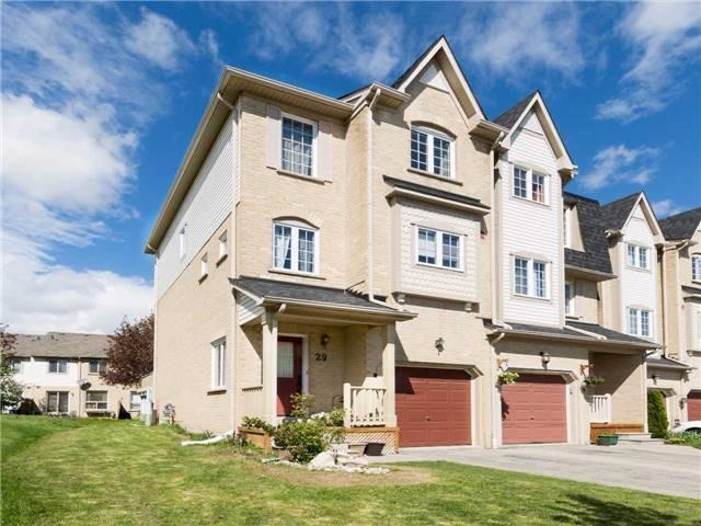 Condo Townhouse at 7284 Bellshire Gate, Unit 29, Mississauga, Ontario. Image 1