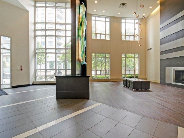 Condo Apartment at 90 Absolute Ave, Unit 506, Mississauga, Ontario. Image 12