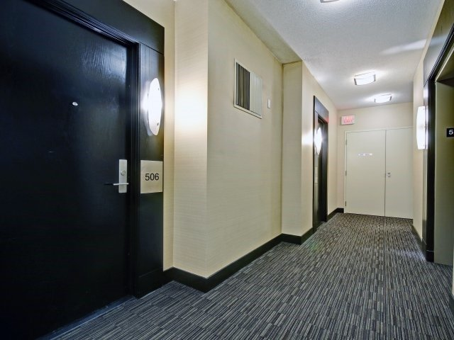 Condo Apartment at 90 Absolute Ave, Unit 506, Mississauga, Ontario. Image 14