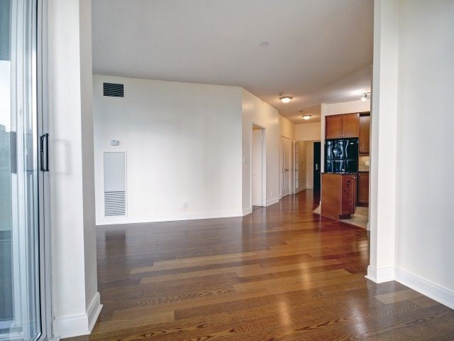 Condo Apartment at 90 Absolute Ave, Unit 506, Mississauga, Ontario. Image 2