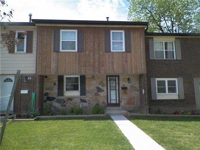 Condo Townhouse at 2825 Gananoque Dr, Unit 16, Mississauga, Ontario. Image 12