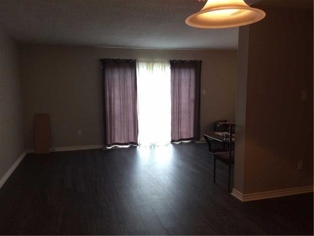 Condo Townhouse at 2825 Gananoque Dr, Unit 16, Mississauga, Ontario. Image 18