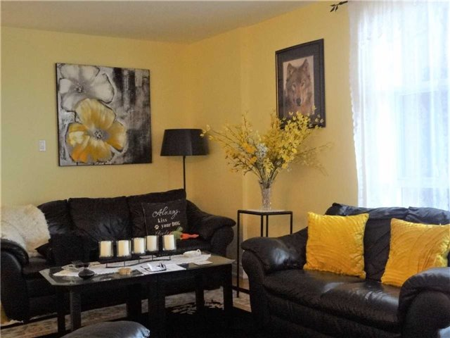 Condo Apartment at 3025 Queen Frederica Dr, Unit 1504, Mississauga, Ontario. Image 16