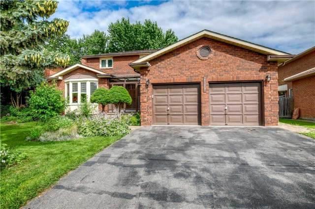 Detached at 1329 Leighland Rd, Burlington, Ontario. Image 1
