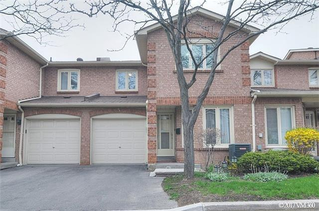 Condo Townhouse at 5020 Delaware Dr, Unit 5, Mississauga, Ontario. Image 1