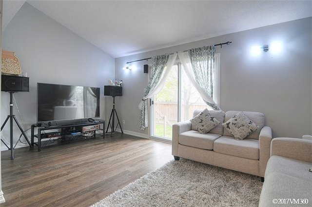 Condo Townhouse at 5020 Delaware Dr, Unit 5, Mississauga, Ontario. Image 17