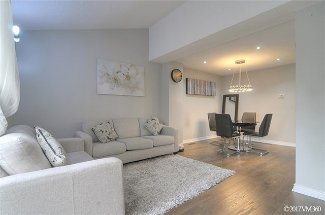 Condo Townhouse at 5020 Delaware Dr, Unit 5, Mississauga, Ontario. Image 19