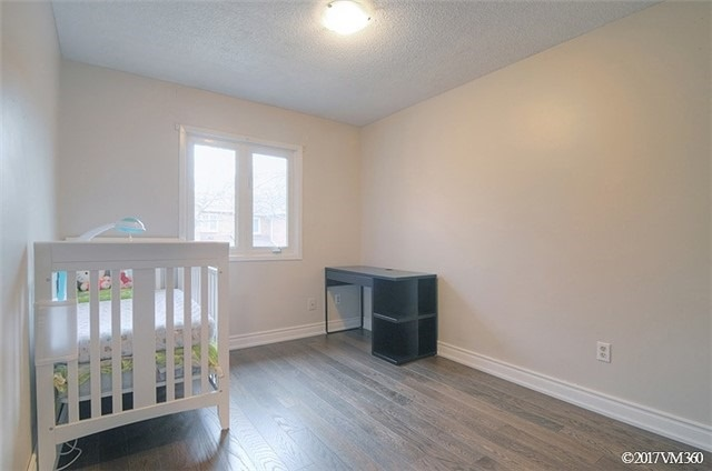Condo Townhouse at 5020 Delaware Dr, Unit 5, Mississauga, Ontario. Image 7
