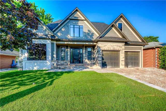 Detached at 422 Tennyson Dr, Oakville, Ontario. Image 1