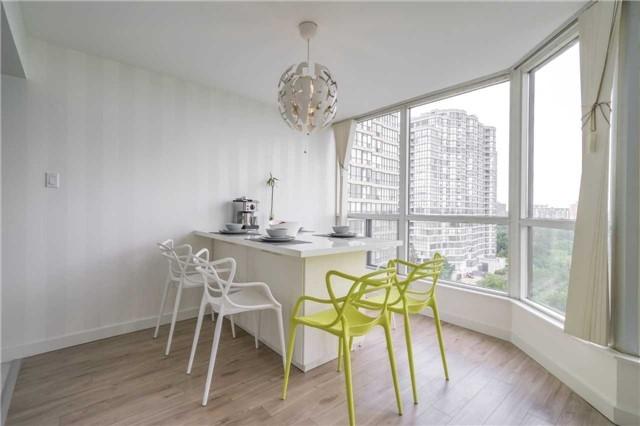 Condo Apartment at 5 Rowntree Rd, Unit 903, Toronto, Ontario. Image 12