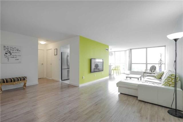Condo Apartment at 5 Rowntree Rd, Unit 903, Toronto, Ontario. Image 14