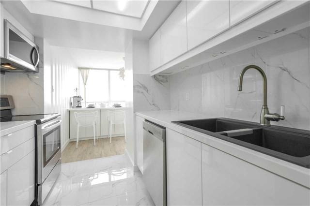 Condo Apartment at 5 Rowntree Rd, Unit 903, Toronto, Ontario. Image 19