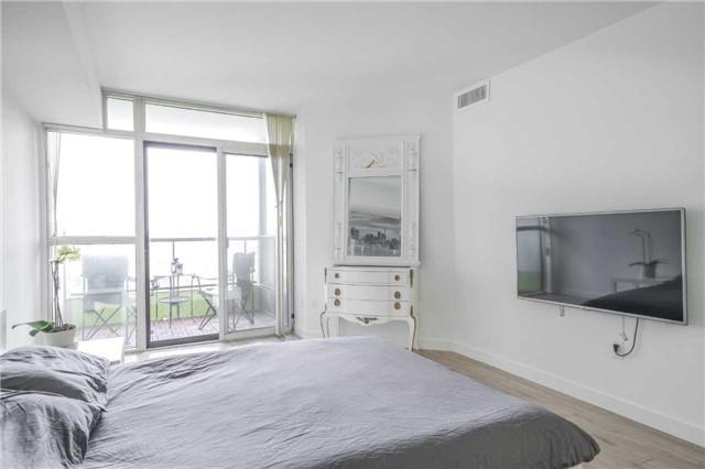 Condo Apartment at 5 Rowntree Rd, Unit 903, Toronto, Ontario. Image 20