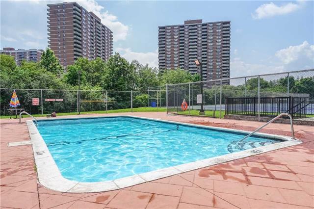Condo Apartment at 5 Rowntree Rd, Unit 903, Toronto, Ontario. Image 13