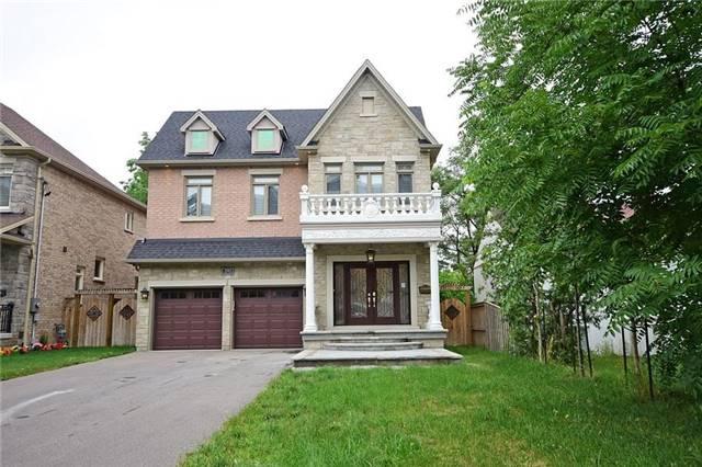 Detached at 2543 Argyle Rd, Mississauga, Ontario. Image 1