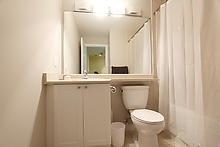 Condo Apartment at 3525 Kariya Dr, Unit 3008, Mississauga, Ontario. Image 20