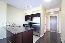 Condo Apartment at 3525 Kariya Dr, Unit 3008, Mississauga, Ontario. Image 3