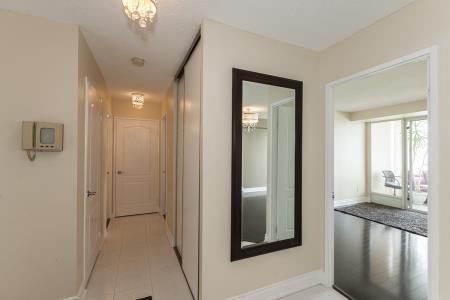 Condo Apartment at 26 Hanover Rd, Unit 1210, Brampton, Ontario. Image 11