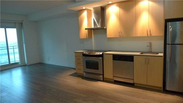 Condo Apartment at 165 Legion Rd N, Unit 1621, Toronto, Ontario. Image 12
