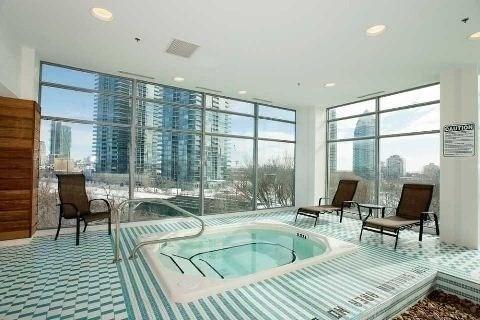 Condo Apartment at 165 Legion Rd N, Unit 1621, Toronto, Ontario. Image 9