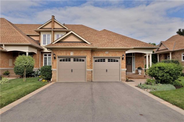 Condo Townhouse at 4140 Stonebridge Cres, Burlington, Ontario. Image 12