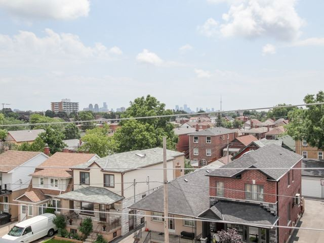 Condo Townhouse at 400 Hopewell Ave, Unit 201, Toronto, Ontario. Image 15