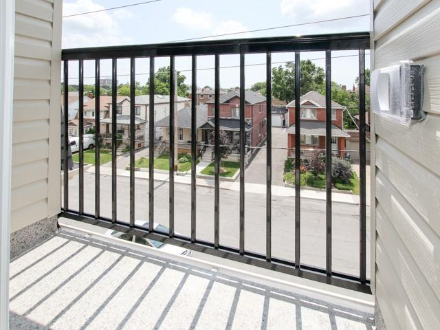 Condo Townhouse at 400 Hopewell Ave, Unit 201, Toronto, Ontario. Image 16