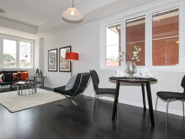 Condo Townhouse at 400 Hopewell Ave, Unit 201, Toronto, Ontario. Image 20