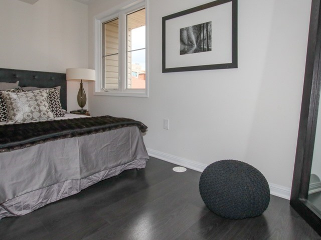 Condo Townhouse at 400 Hopewell Ave, Unit 201, Toronto, Ontario. Image 7