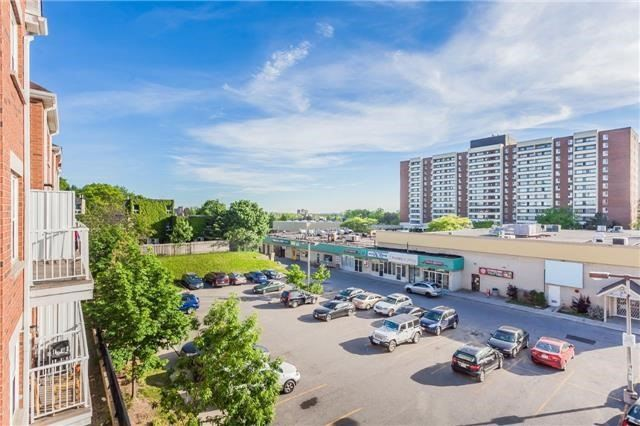 Condo Townhouse at 37 Four Winds Dr, Unit 25, Toronto, Ontario. Image 18