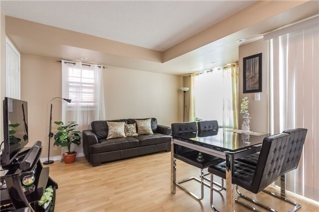 Condo Townhouse at 37 Four Winds Dr, Unit 25, Toronto, Ontario. Image 4