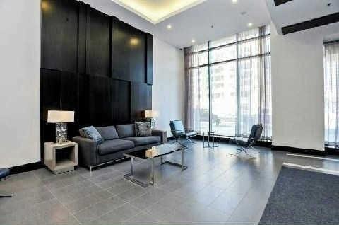 Condo Apartment at 4070 Confederation Pkwy, Unit 4001, Mississauga, Ontario. Image 9