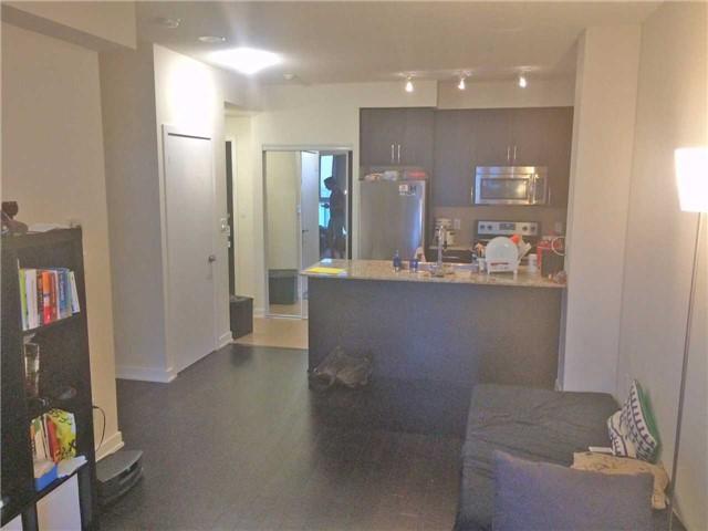 Condo Apartment at 4070 Confederation Pkwy, Unit 4001, Mississauga, Ontario. Image 11