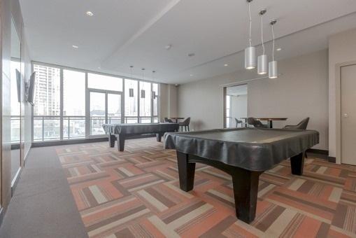 Condo Apartment at 4070 Confederation Pkwy, Unit 4001, Mississauga, Ontario. Image 15