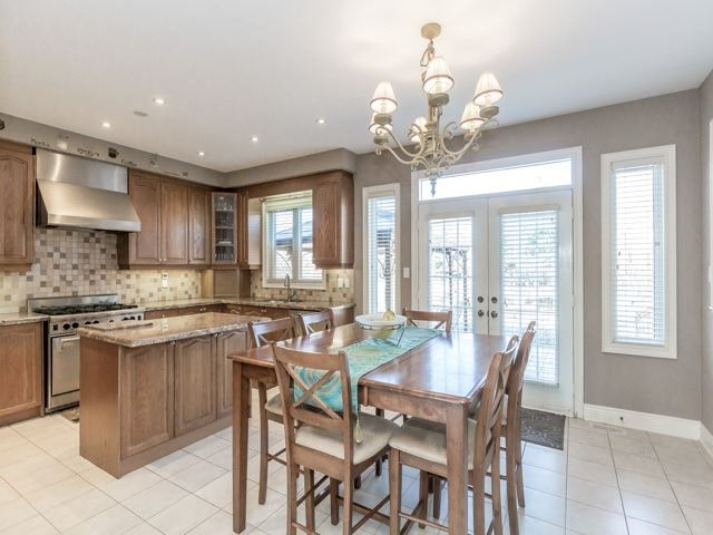 Detached at 38 Lynnvalley Cres, Brampton, Ontario. Image 17